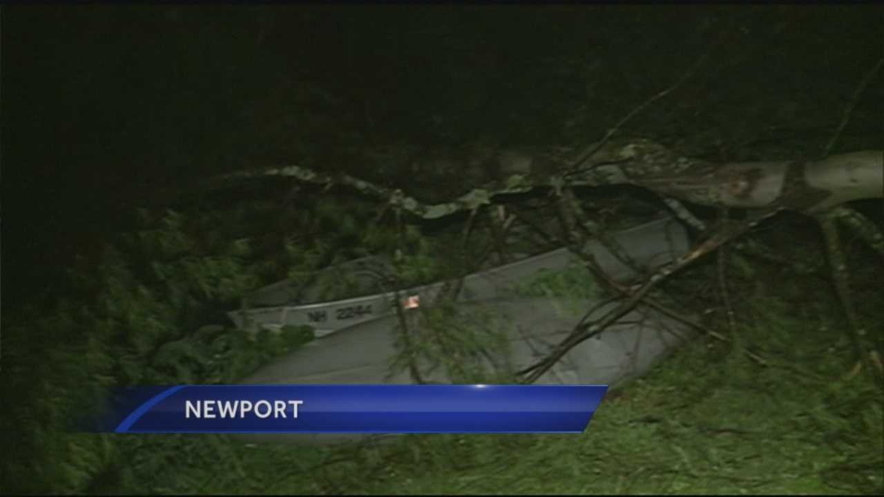 Strong storm winds knocked down trees and wires Sunday night, causing hundreds of Granite Staters to lose power.