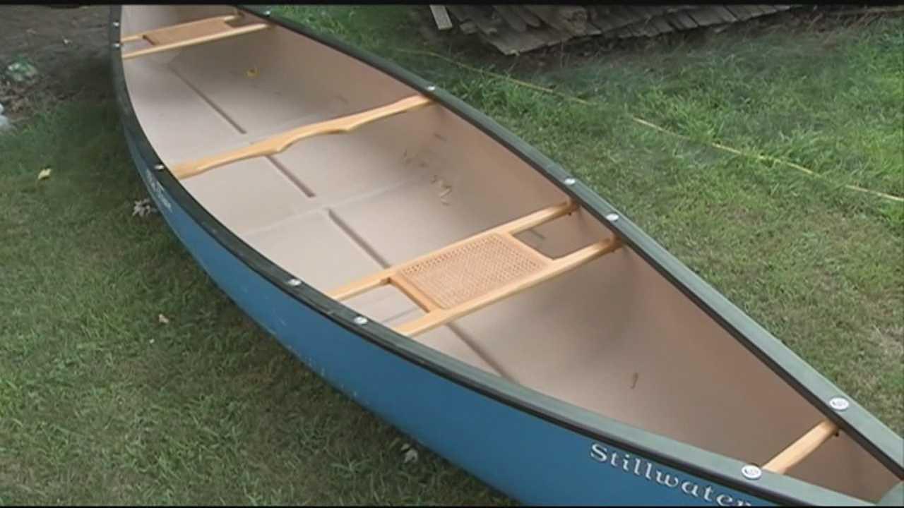 A Manchester homeowner was taken by surprise Monday morning when he found a man trying to steal his new canoe. WMUR's Suzanne Roantree tells us more.