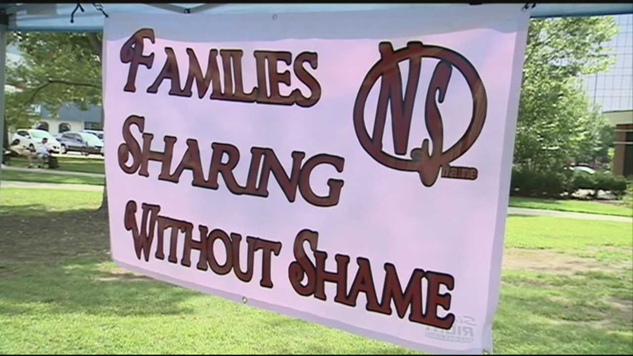 Hundreds of people gathered Saturday at Veteran's Park for to bring awareness about heroin addictions.