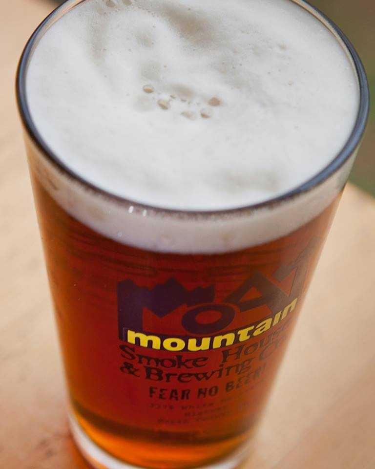 9. Moat Mountain Smoke House & Brewing Co. in North Conway