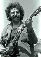 On Aug. 9, 1995, Grateful Dead guitarist and vocalist Jerry Garcia died of a heart attack. The band broke up later that year.