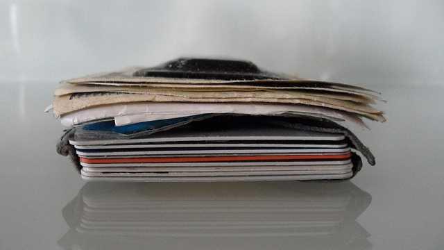 Billfold vs. wallet