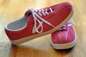 Tennis shoes vs. sneakers