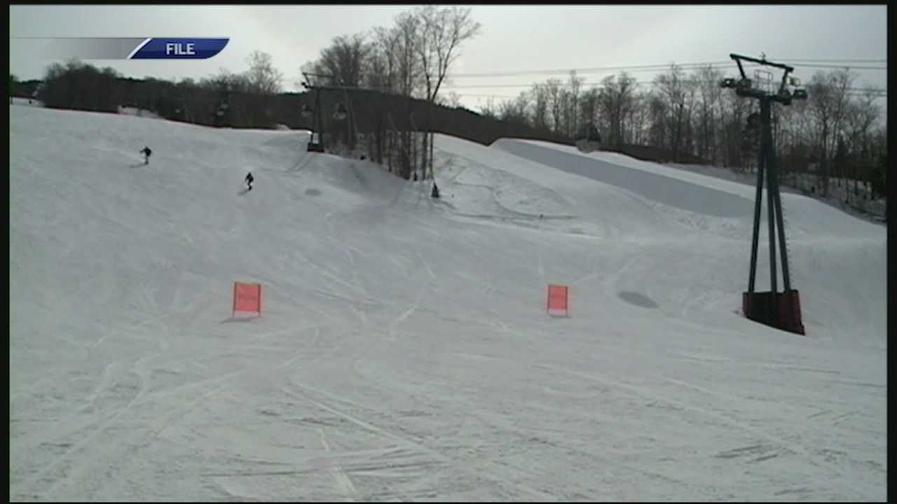 There's not quite enough snow in the mountains for ski resorts to open just yet, but Loon Mountain fired up the snow cannons this weekend.