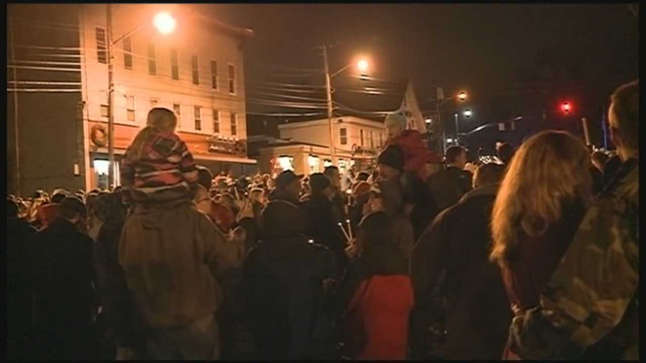 Holiday cheer is in the air Saturday for the 22nd annual Nashua Holiday Stroll, and more police officers on the ground than last year.