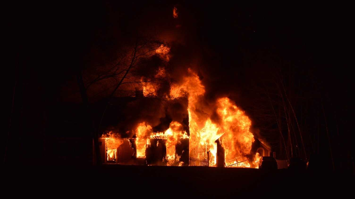 A half dozen fire companies battled a blaze at a Hampstead home Sunday.