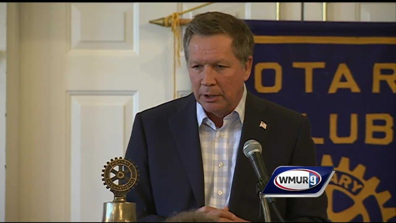 With a week to go before the Iowa caucuses, many presidential candidates are heading to the Hawkeye State, but Ohio Gov. John Kasich is staying in New Hampshire.