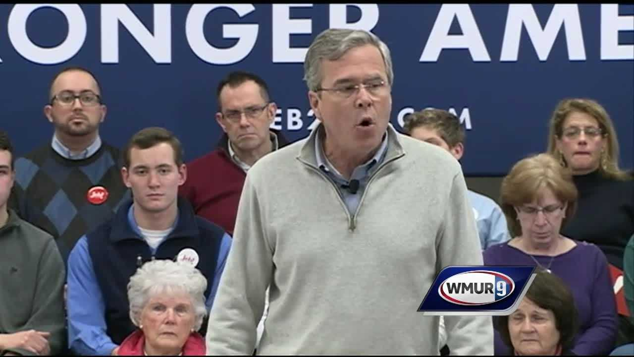 Former First Lady Barbara Bush joined her son, Jeb Bush, on the campaign trail Thursday night at a town hall meeting in Derry.