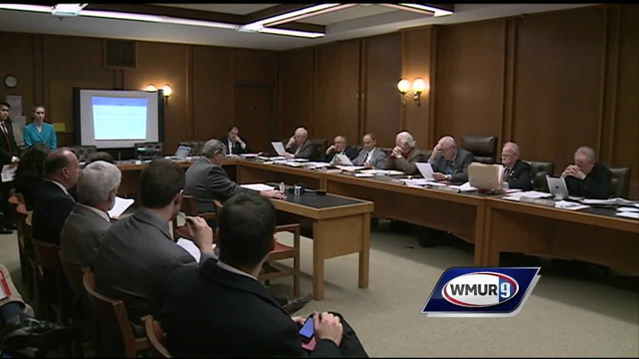 Lawmakers in Concord are considering creating a registry of convicted drug dealers as a tool in the fight against heroin and fentanyl abuse.