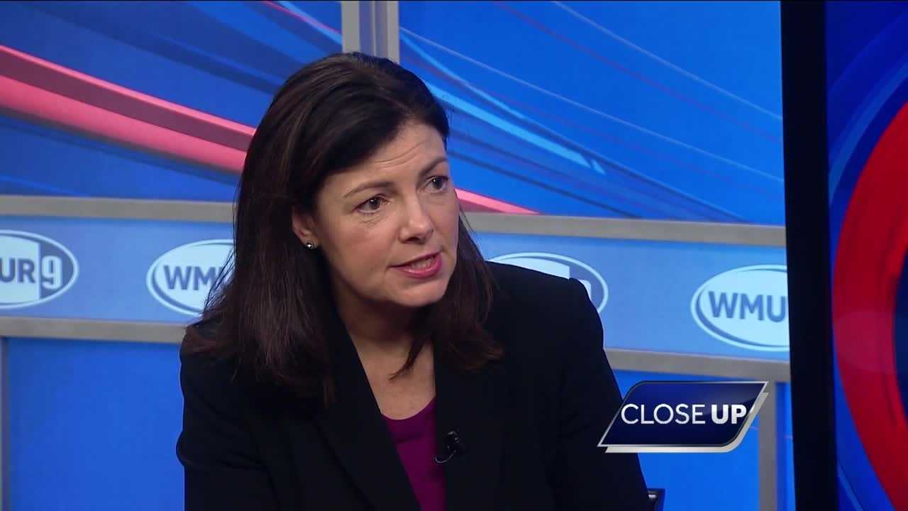 U.S. Sen. Kelly Ayotte sits down with WMUR Political Director Josh McElveen