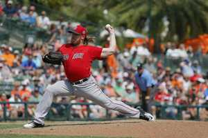 15) Robbie Ross Jr. - Pitcher - $1,250,000
