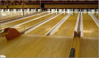 1. Exeter Bowling Lanes of Exeter