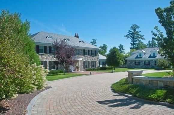 The 7-acre lot sits on the shores of Lake Winnipesaukee.