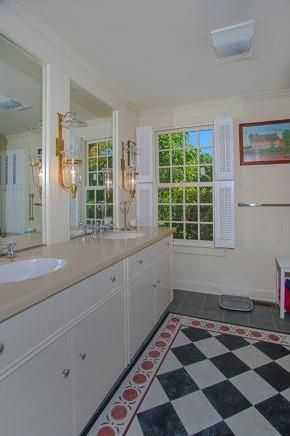 A look inside one of the home's 5 bathrooms.