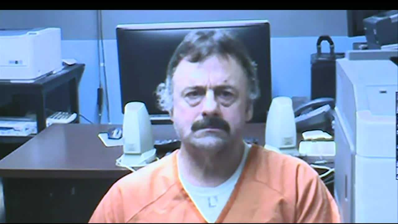 Watch as Wendell Noyes, the man accused of killing Celina Cass, is arraigned before a judge.