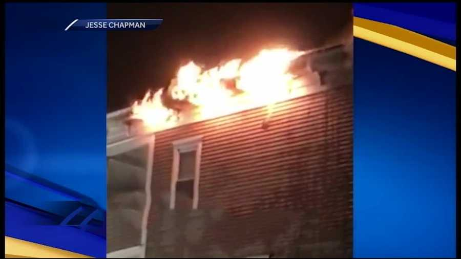 The Red Cross is assisting two people who were left homeless after a fire ripped through an apartment building in Berlin late Sunday night.