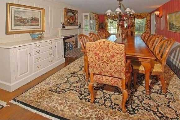 Here's a look at an elegant dining room.