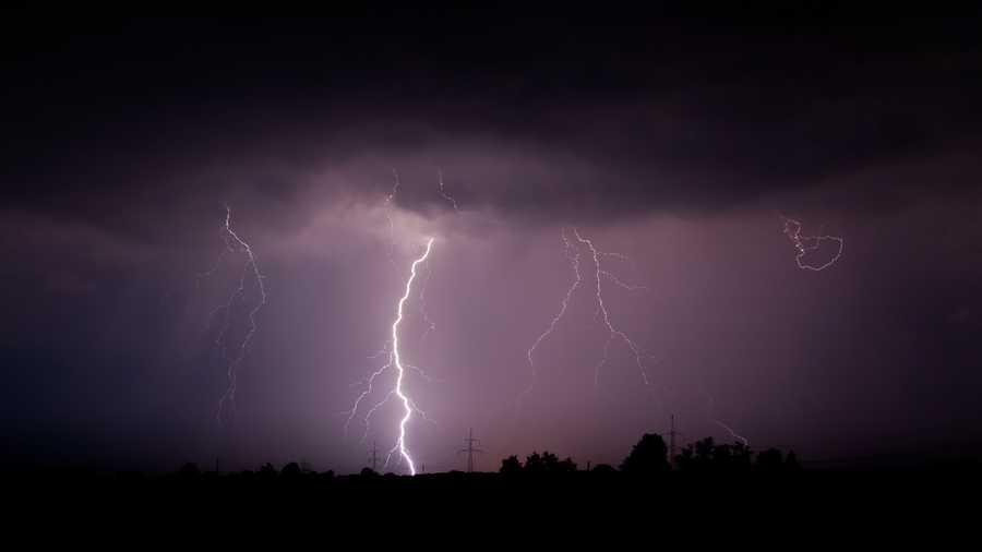 1. Thunder/Lightning (Brontophobia)
