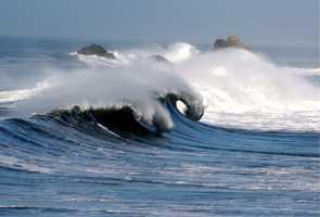 9. Waves (Cyrnophobia)
