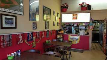 5. Sunny's House of Pizza in Whitefield