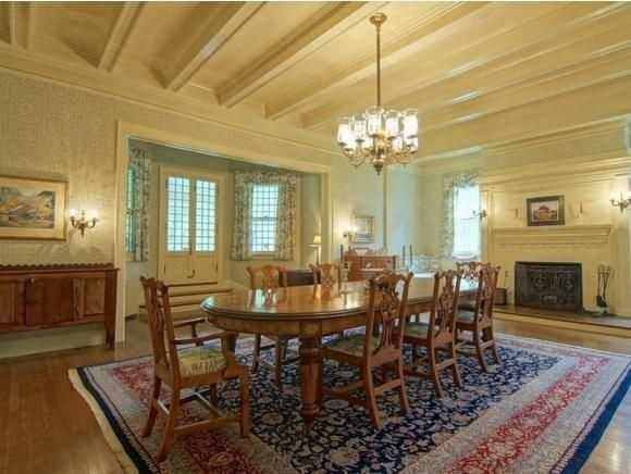 A look inside the large dining room.