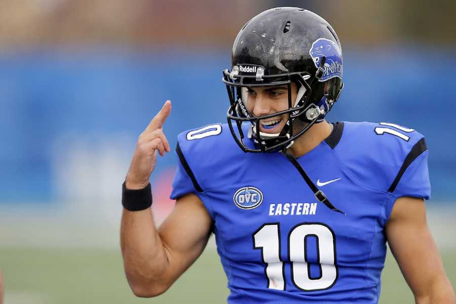 He was the most outstanding offensive playerEastern Illinois plays in the Football Championship Subdivision (FCS) and the award given to the most outstanding offensive player is the Walter Payton Award. That honor went to Garoppolo in 2013.