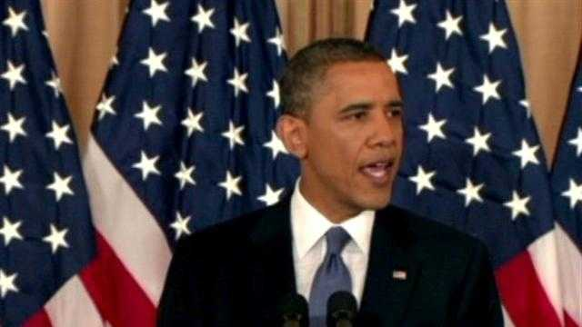 President Barack Obama will visit Florida Atlantic University and attend a luncheon in Palm Beach Gardens on Tuesday.