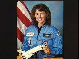 Official portrait Sharon Christa McAuliffe, STS 51-L Teacher in Space