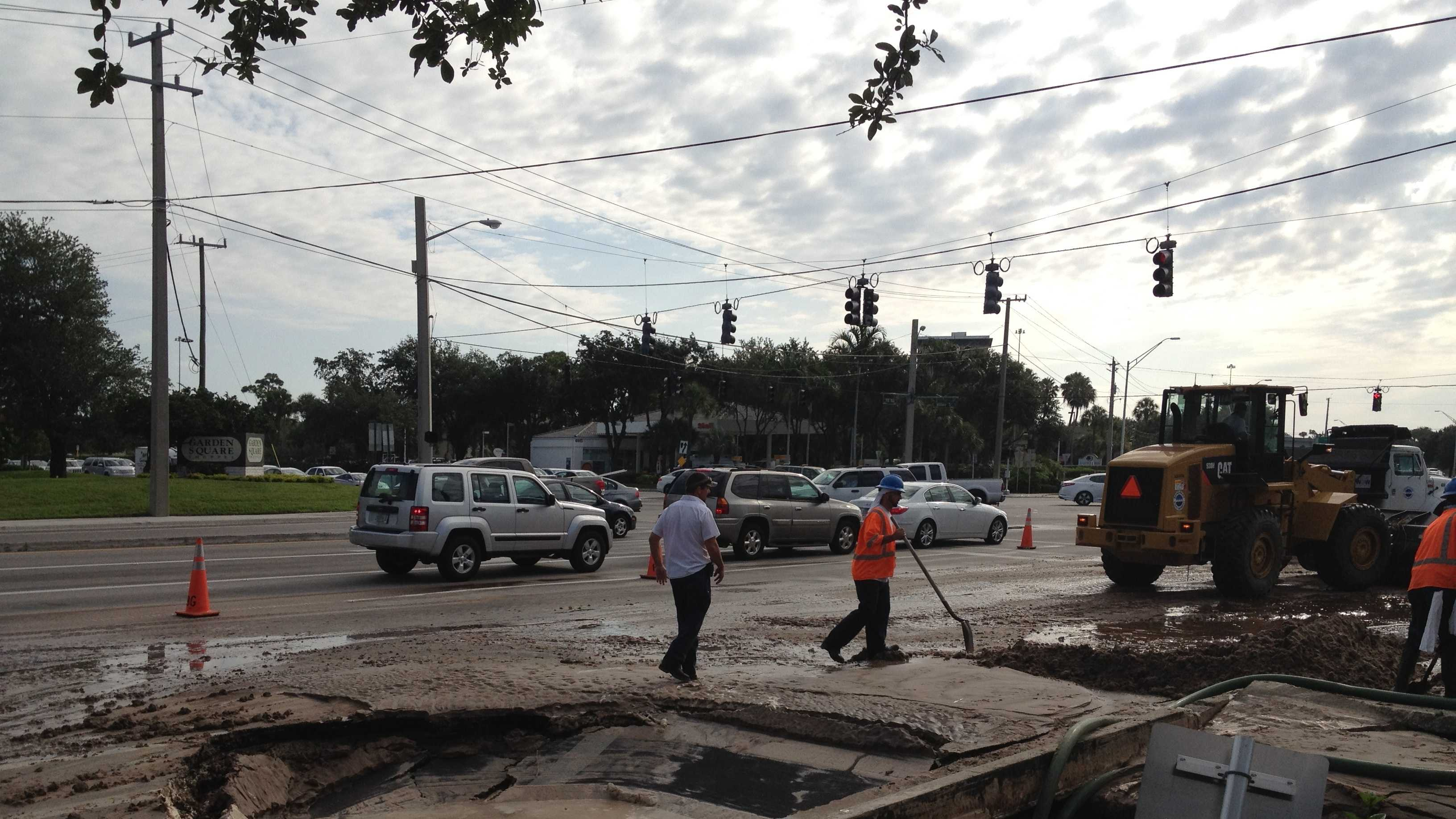 A water main break has forced the closure of several lanes near PGA Boulevard and Military Trail. (Chris Emma/WPBF)