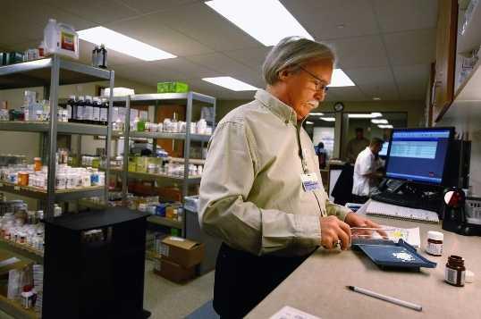 21: Pharmacists - $111,450