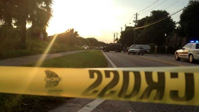 Officials are trying to identify a body that was found alongside a road in Lantana early Tuesday morning. (Photo: Chris McGrath/WPBF)