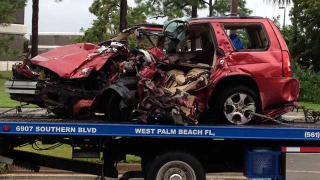 This car slammed into a tree in Delray Beach. Two people inside were killed and another person was seriously injured. (Photo: Chris Emma/WPBF)