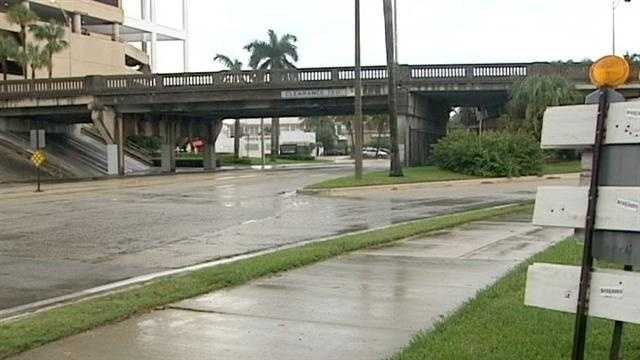 The eastbound ramp to the Flagler Memorial Bridge from northbound Flagler Drive is permanently closed.