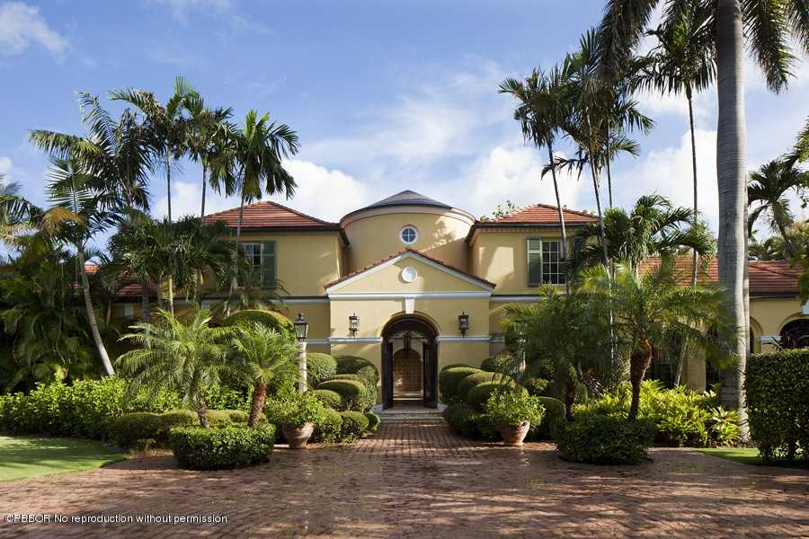 Listed at $59,000,000 this mansion is over 17k square feet in Palm Beach. 10 bedrooms and 15 bathrooms are just the beginning of what this home has to offer.