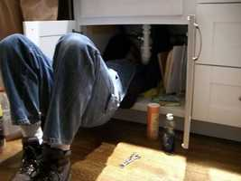 Learn how to fix the sink. (Photo: motomo/flickr)