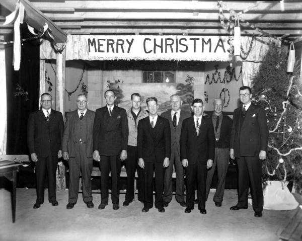 1948: The Oceanway Fire Department near Jacksonville gathers for Christmas.
