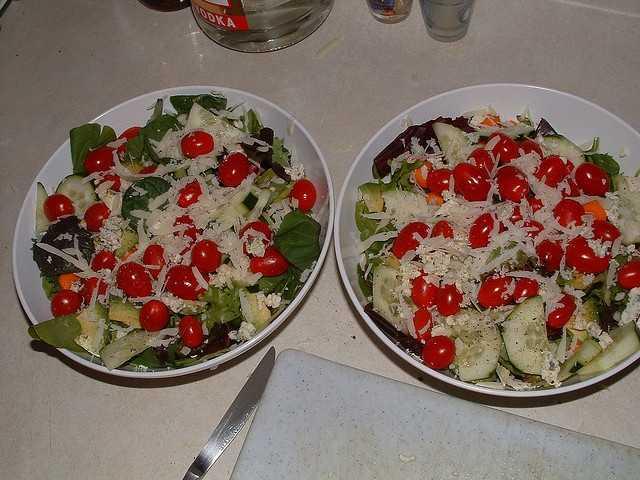 Eat more salads. (Photo: joebeone/flickr)