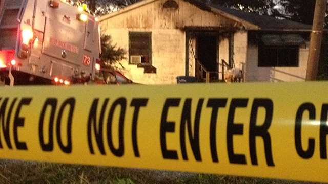 A man was killed in Belle Glade when a fire ripped through his home early Wednesday morning. (Photo: Chris McGrath/WPBF)
