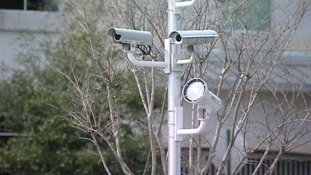 Another 52 red light cameras are being installed at 25 intersections in West Palm Beach.