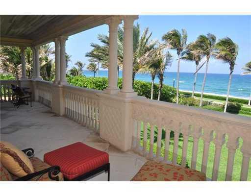 Master suite's balcony.