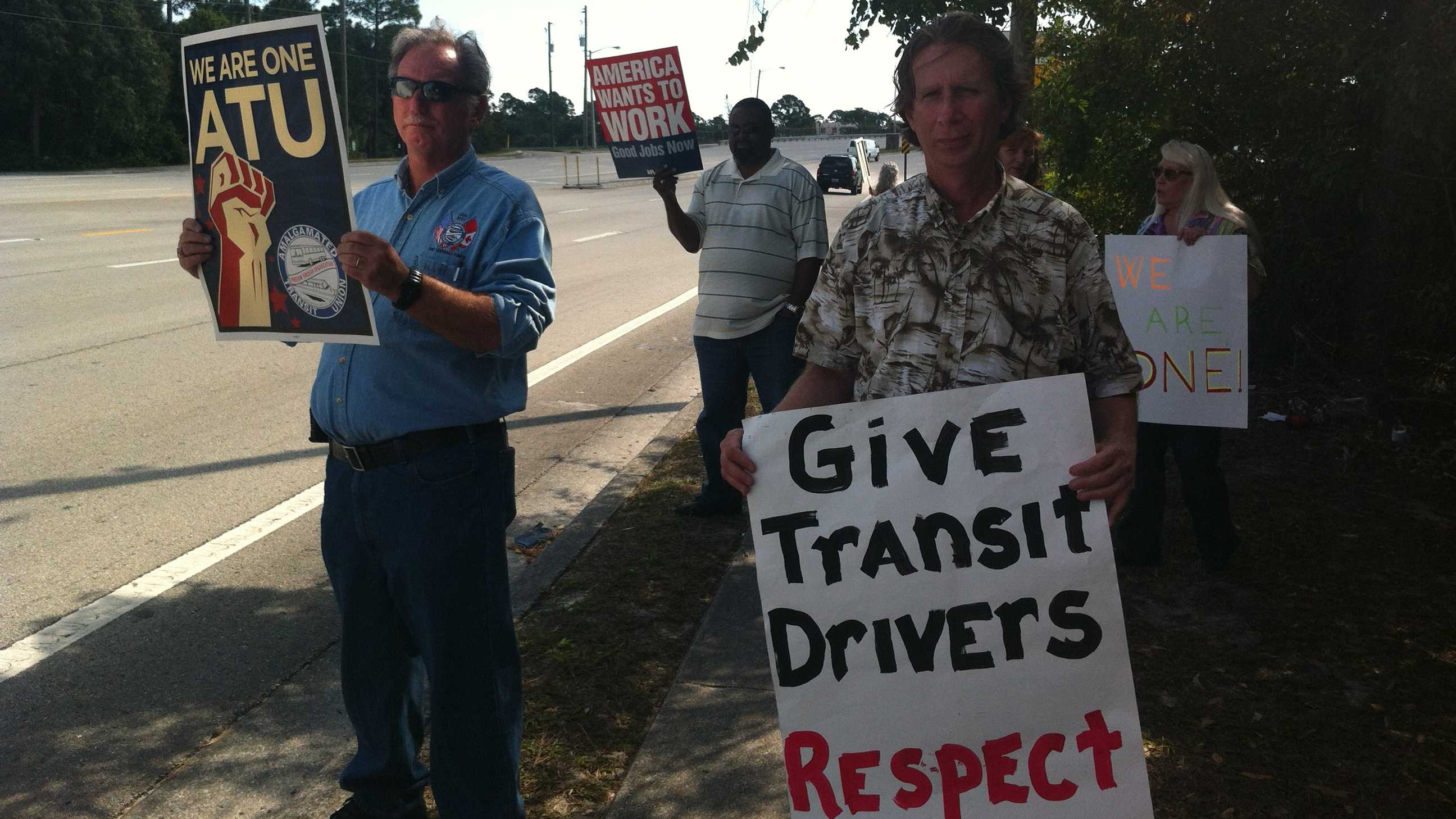 Palm Tran Connection drivers are protesting their wages.