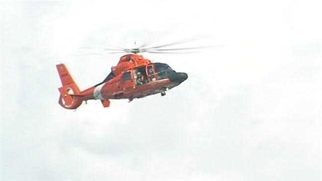Kids saved from the ocean, 1 rescuer missing