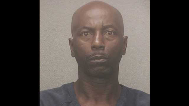 Keith Brantley is accused of stealing a woman's purse in the parking lot of a Publix in Boca Raton.