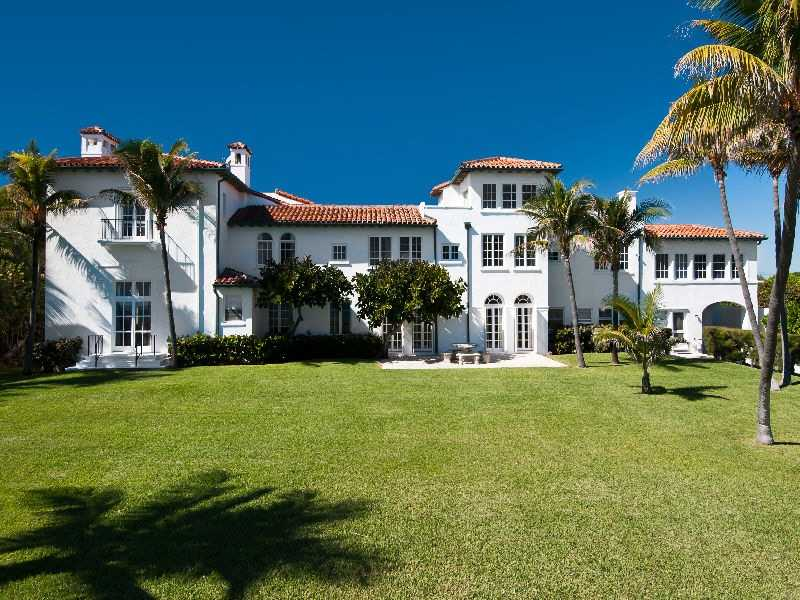 This $22 million picture, perfect home fulfills every luxurious desire and has exquisite historical taste.