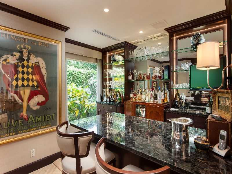 A chic wet bar area that could rival your favorite lounge.