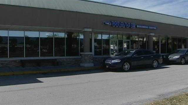 An Internet cafe in Vero Beach is shut down after federal agents were seen going in and out of the business, but area veterans say theyre glad to see it closed.