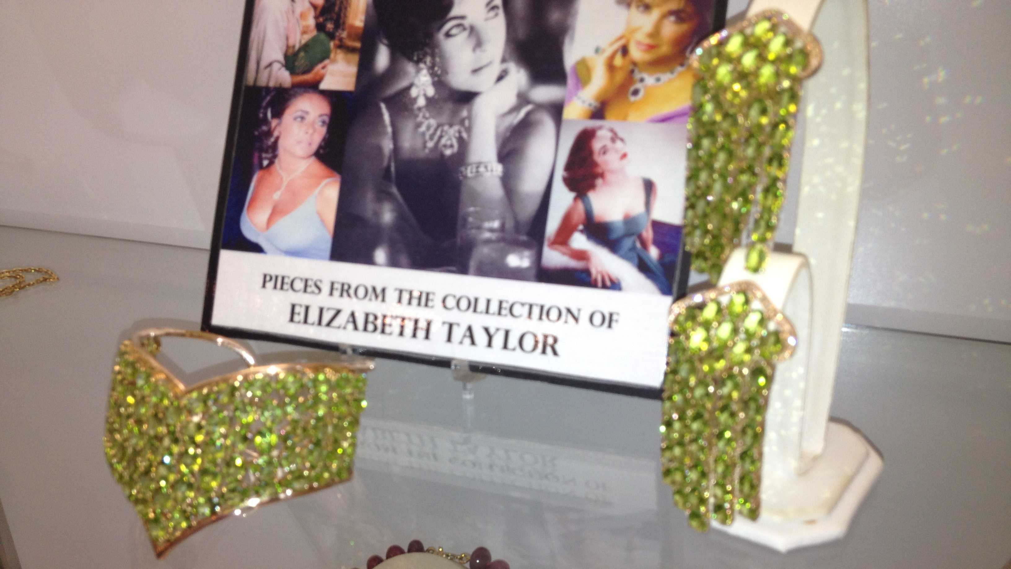 "This jewelry comes from ""Cleopatra"" actress Elizabeth Taylor's personal collection."