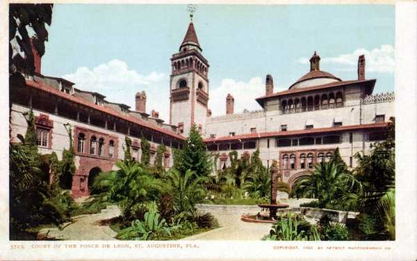 Court of Ponce De Leon in St. Augustine in 1898.