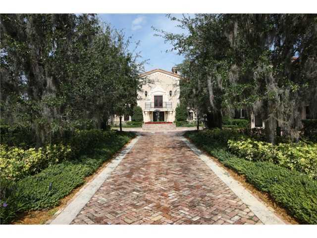 The 13,523 Sq Ft estate has 6 bedrooms and 10 bathrooms.