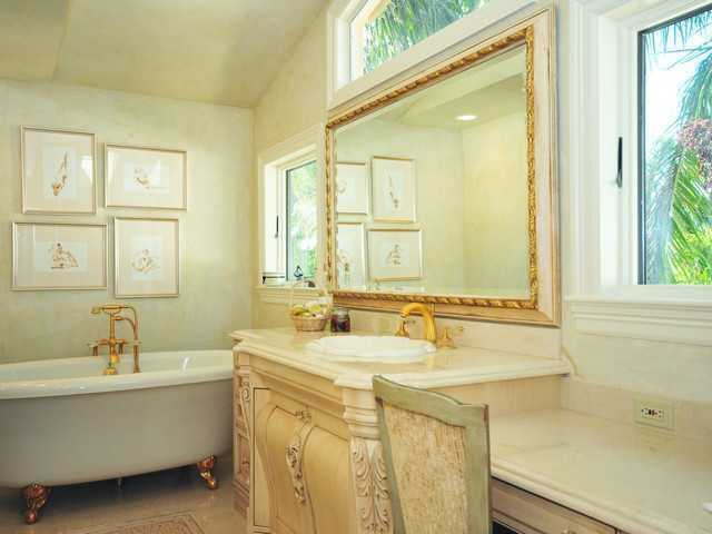 Master bathroom features a separate spa tub.